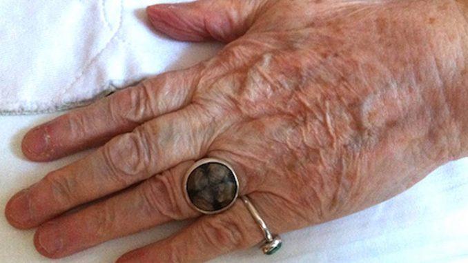 Aromapflege bei älteren Menschen - Eliane Zimmermann Aromatherapie